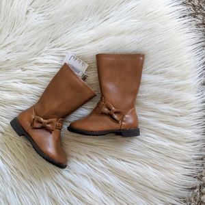 NWT Children's Place Tan Toddler Bow Boots